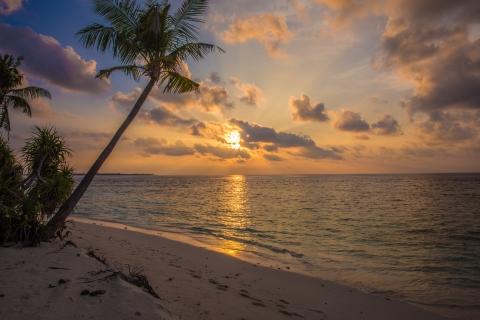 Maalhos Sunset