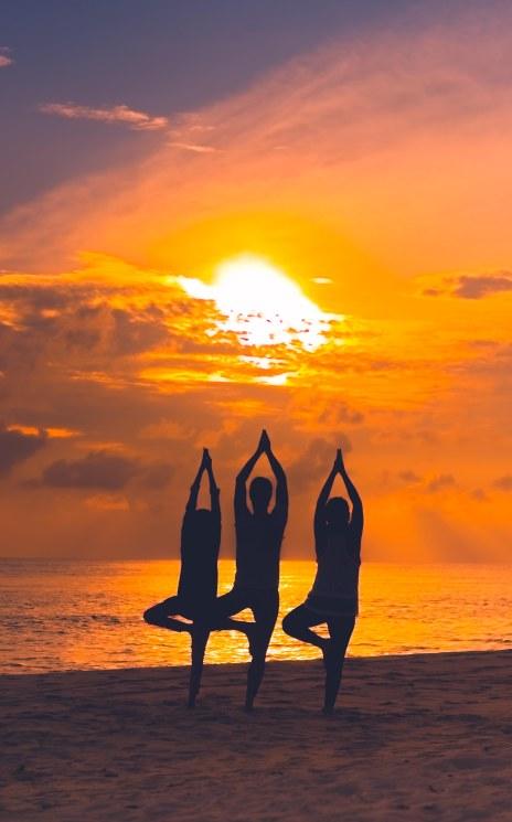 Sunrise Tree Pose Maalhos Beach