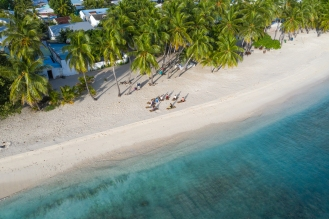 20191025_MAVIC_CAMILLA_DELLION_MALDIVES_BAA_MAALHOS_YOGA_PHOTOSHOOT_DJI_0568_EDIT