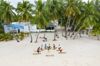 20191025_MAVIC_CAMILLA_DELLION_MALDIVES_BAA_MAALHOS_YOGA_PHOTOSHOOT_DJI_0599_EDIT