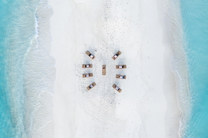 20191026_MAVIC_CAMILLA_DELLION_MALDIVES_BAA_MAALHOS_ANGAFARU_SANDBANK_YOGA_PHOTOSHOOT_DJI_0659_EDIT