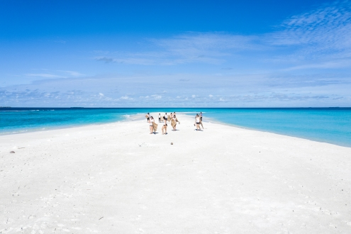 20191026_MAVIC_CAMILLA_DELLION_MALDIVES_BAA_MAALHOS_ANGAFARU_SANDBANK_YOGA_PHOTOSHOOT_DJI_0841_EDIT