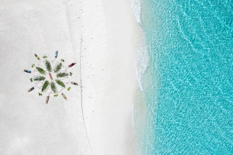 20191026_MAVIC_CAMILLA_DELLION_MALDIVES_BAA_MAALHOS_ANGAFARU_SANDBANK_YOGA_PHOTOSHOOT_DJI_0849_EDIT